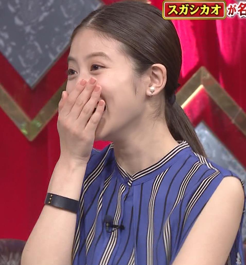 今田美桜 ノースリーブ姿キャプ・エロ画像9
