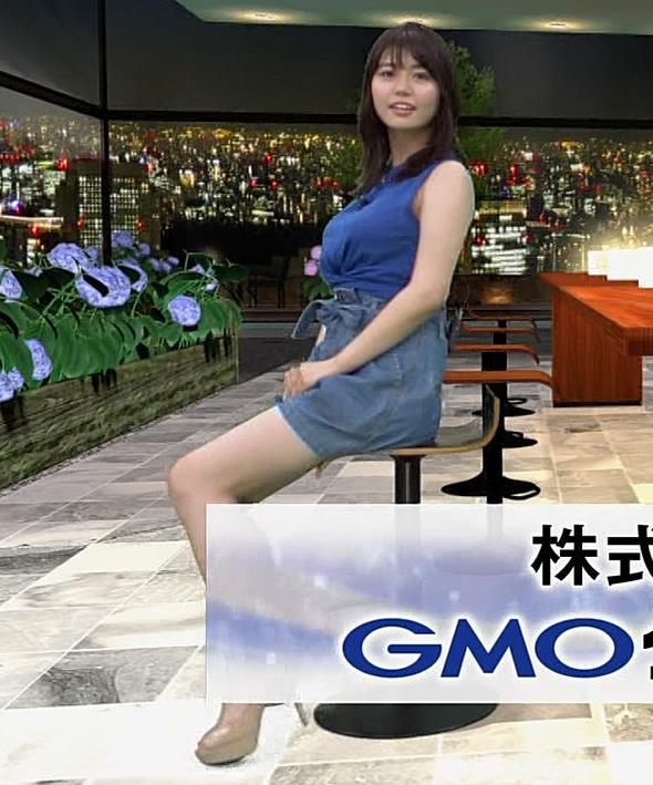 井口綾子 ノースリーブ横乳がすごいキャプ・エロ画像8