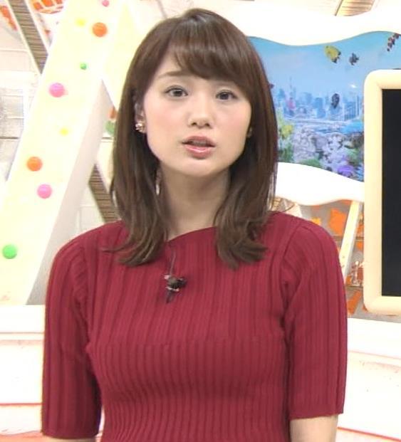 井上清華アナ またエロいニットおっぱいキャプ・エロ画像7