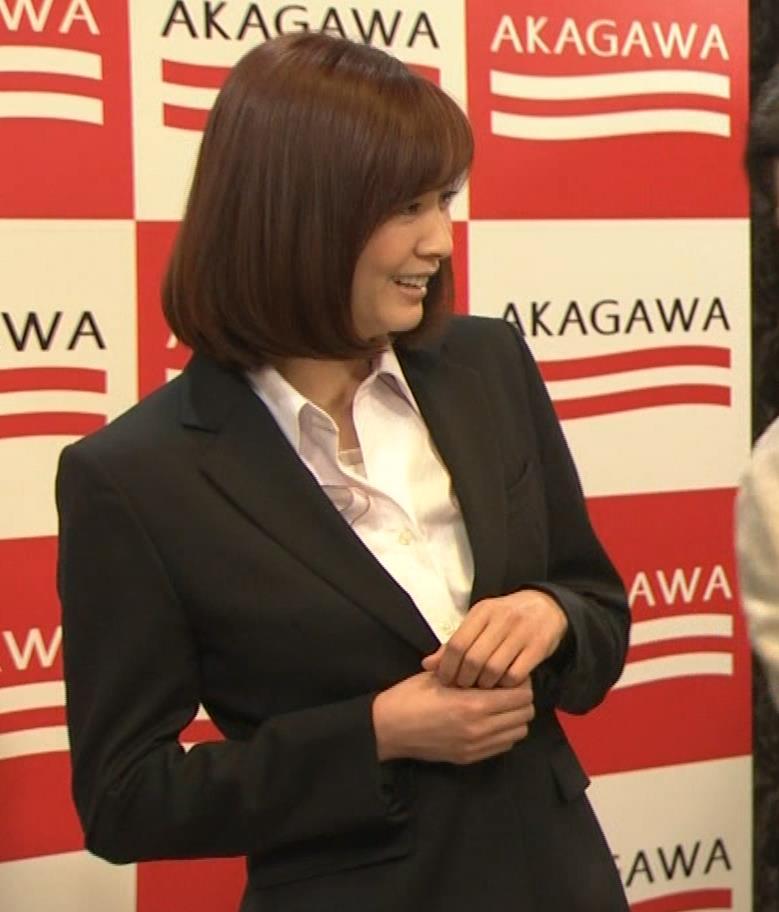 石橋杏奈 かわいいスーツ姿キャプ・エロ画像5