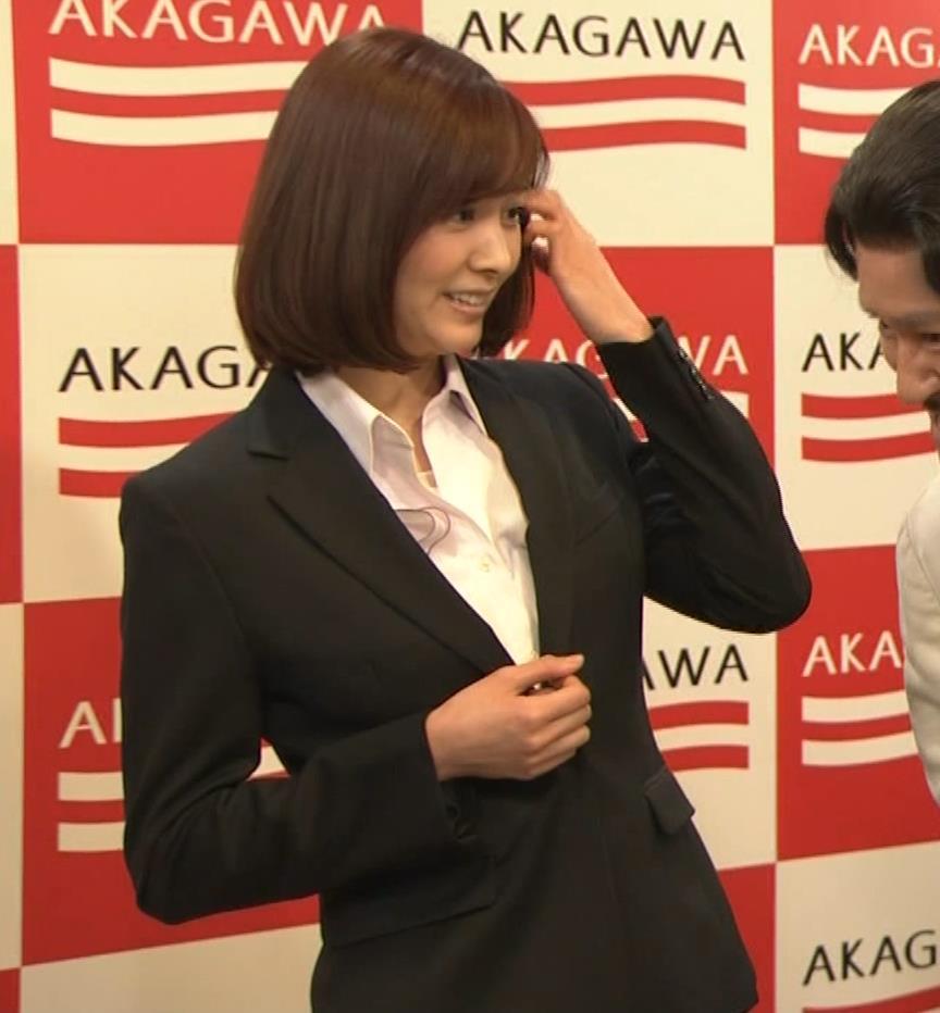 石橋杏奈 かわいいスーツ姿キャプ・エロ画像6