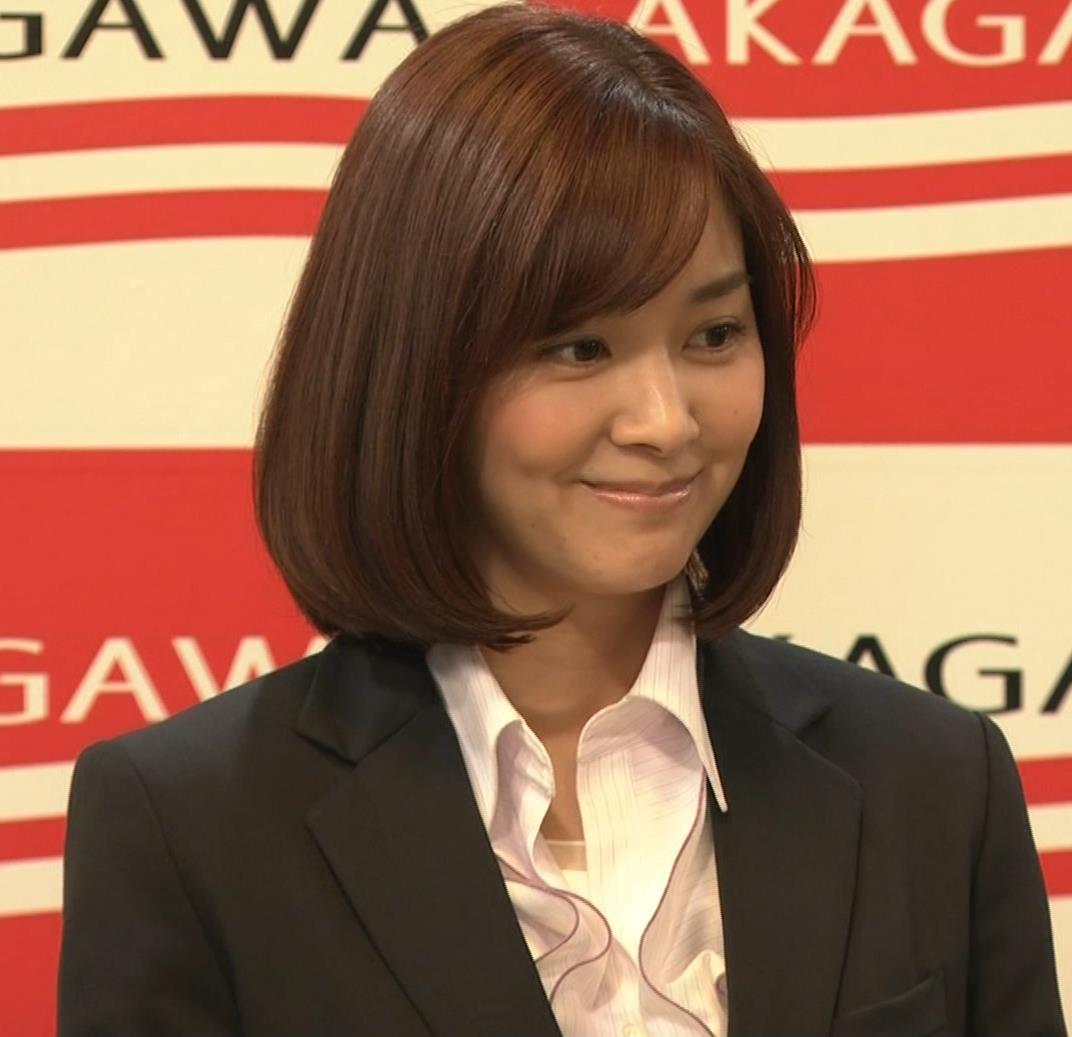 石橋杏奈 かわいいスーツ姿キャプ・エロ画像8