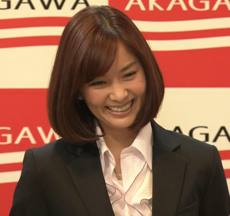 石橋杏奈 かわいいスーツ姿キャプ・エロ画像9