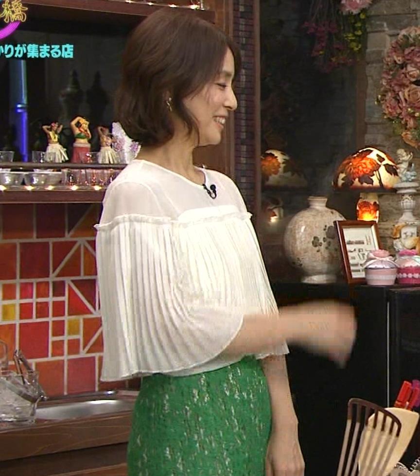 石田ゆり子 スケスケ衣装キャプ・エロ画像14