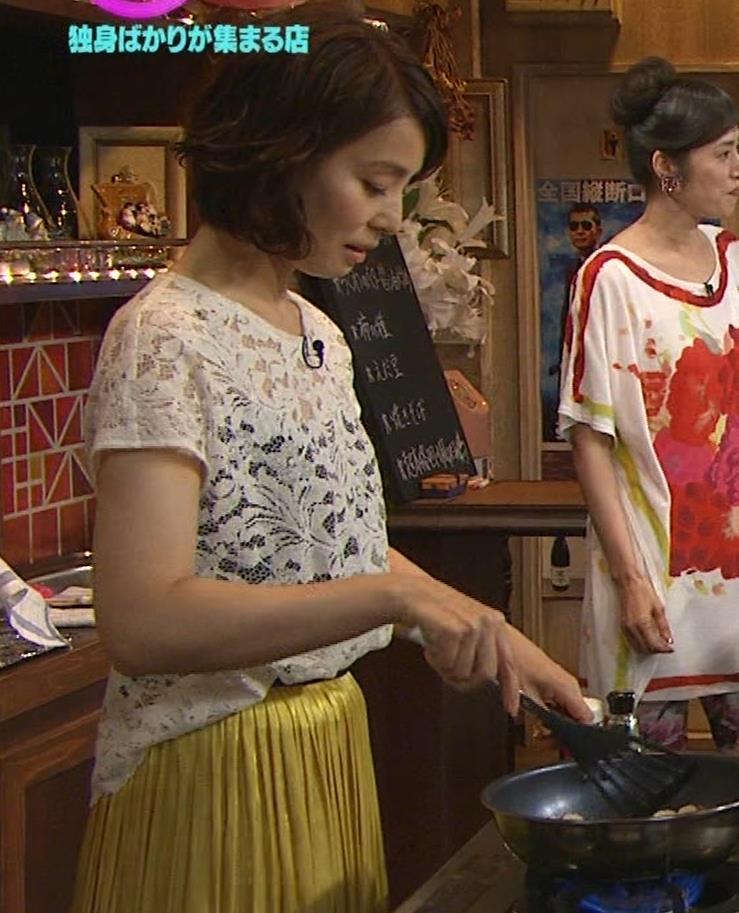 石田ゆり子 スケスケ衣装キャプ・エロ画像7