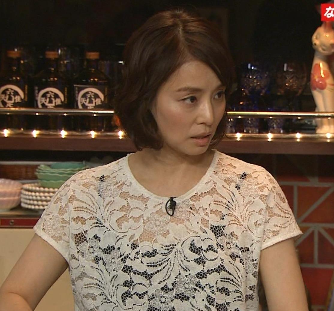 石田ゆり子 スケスケ衣装キャプ・エロ画像9