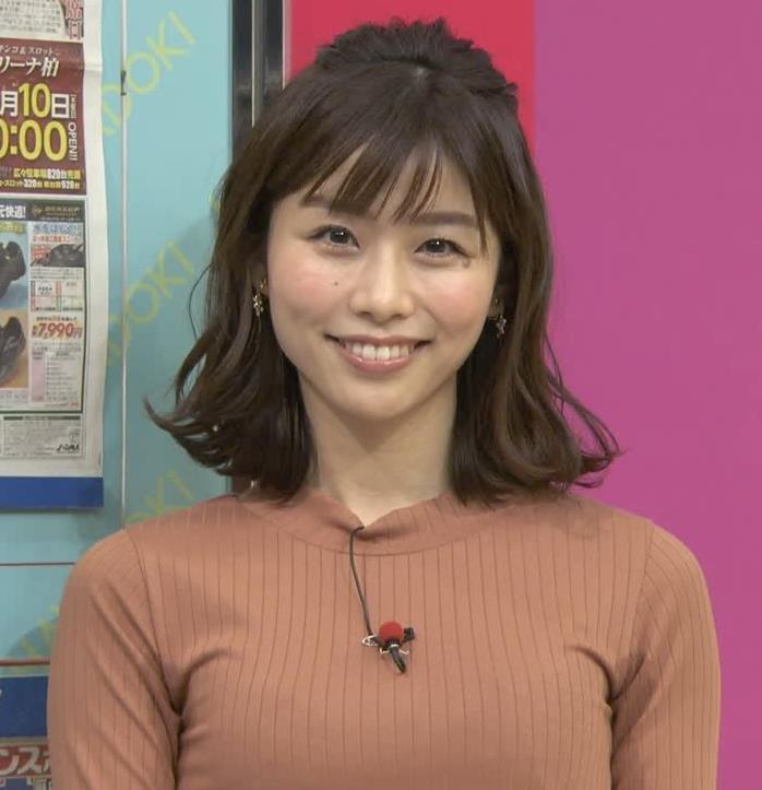伊藤京子アナ クッキリしたニットおっぱいキャプ・エロ画像3