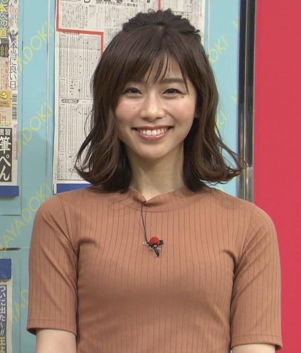 伊藤京子アナ クッキリしたニットおっぱいキャプ・エロ画像7