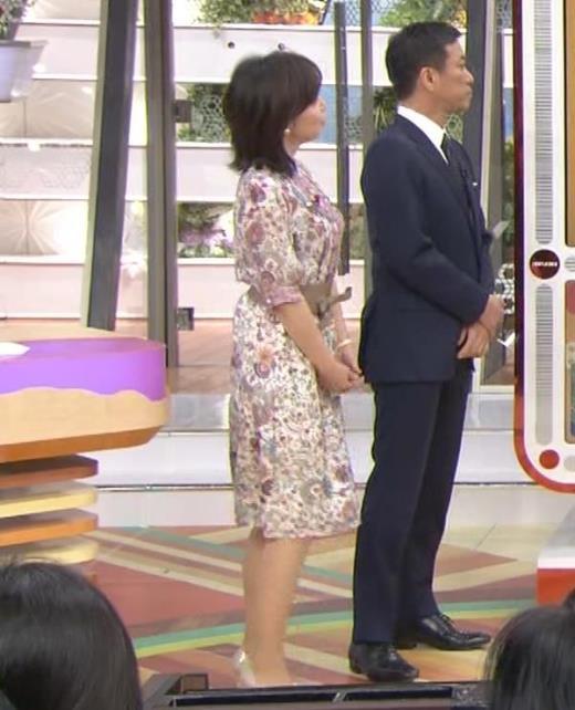 伊藤聡子 美熟女の横乳キャプ画像(エロ・アイコラ画像)