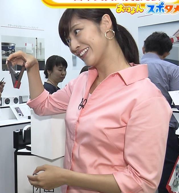 岩本乃蒼アナ シャツでおっぱいがちょいエロキャプ・エロ画像5