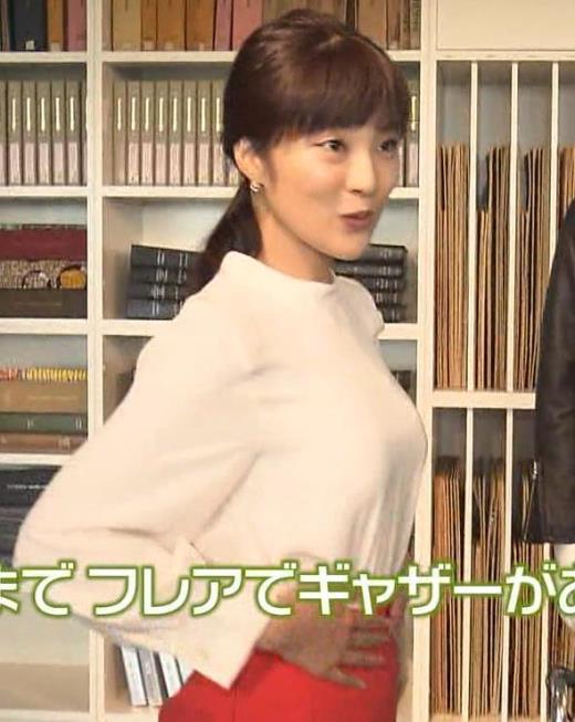 岩本乃蒼 デカくてエロい横乳キャプ画像(エロ・アイコラ画像)