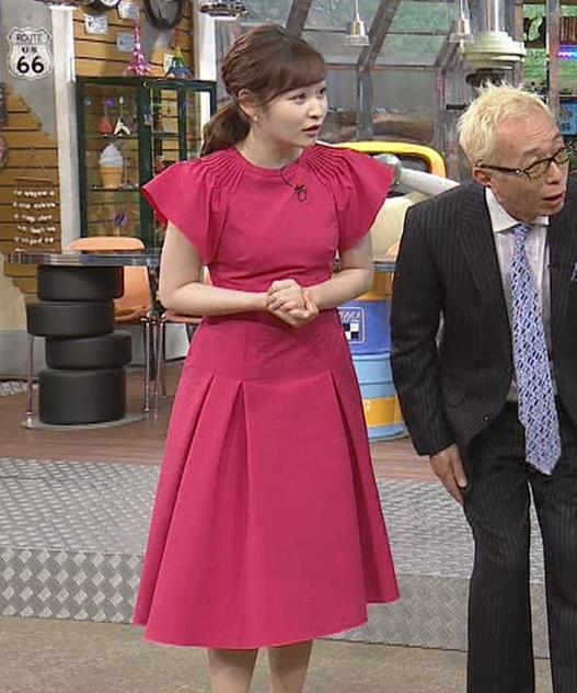 岩田絵里奈アナ ノースリーブでワキチラキャプ・エロ画像4