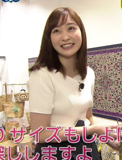 岩田絵里奈アナ エロいニット微乳キャプ・エロ画像3
