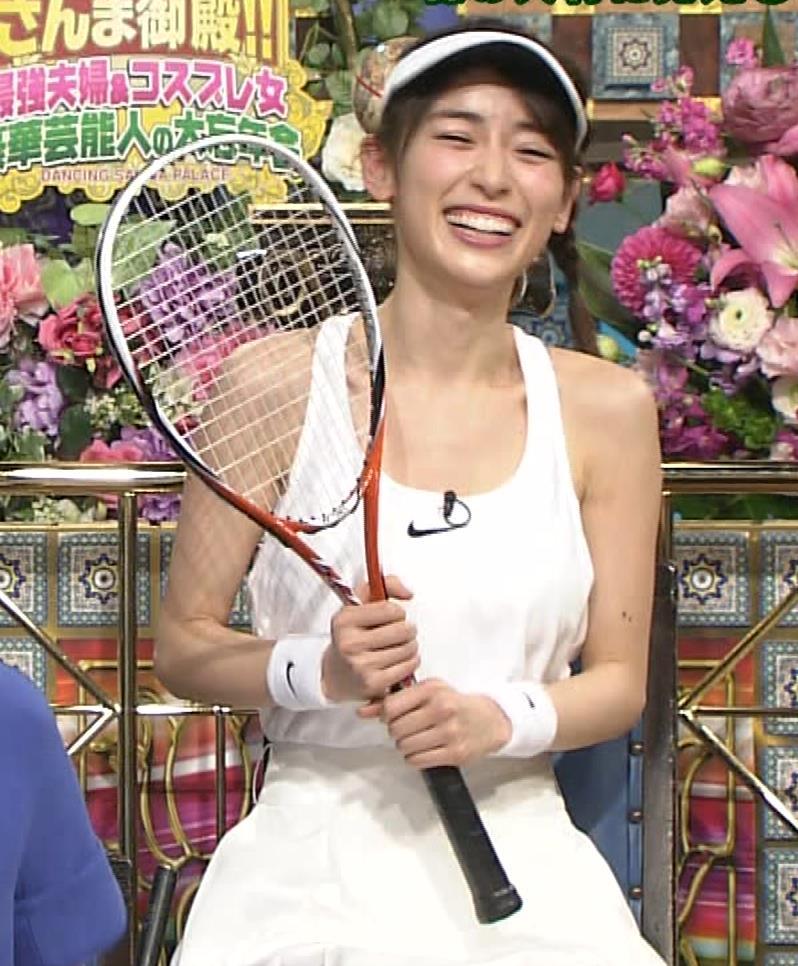 泉里香 テニスプレーヤーコスプレキャプ・エロ画像5
