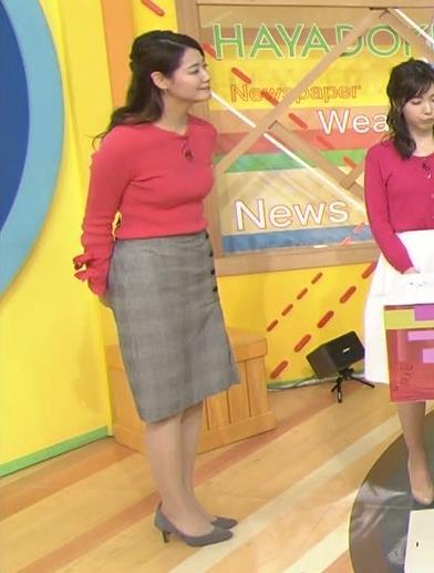 樺島彩アナ 巨乳アナのニット乳キャプ・エロ画像