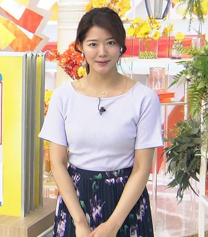 樺島彩アナ Tシャツ巨乳の横乳キャプ・エロ画像3