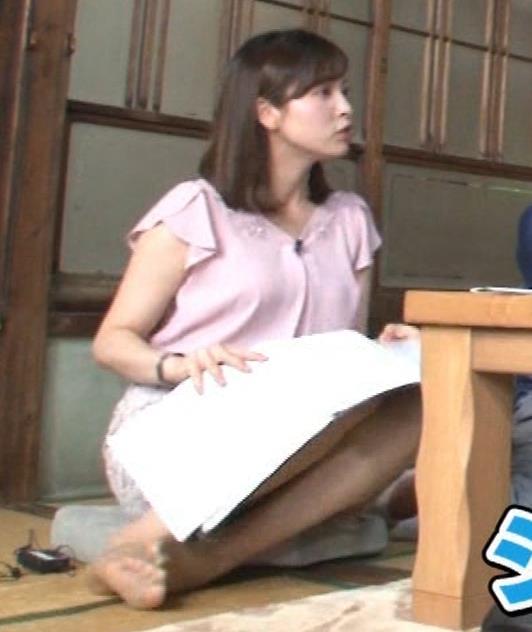 角谷暁子アナ おっぱいの盛り上がりがエロ過ぎキャプ・エロ画像4