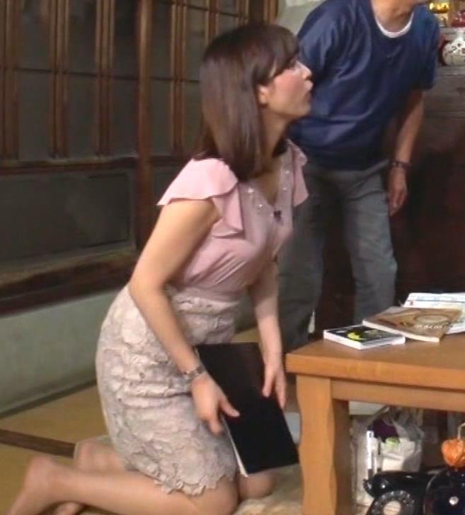 角谷暁子アナ おっぱいの盛り上がりがエロ過ぎキャプ・エロ画像9