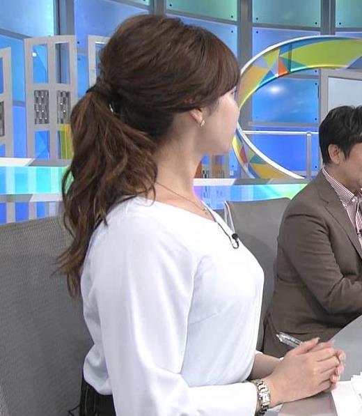 角谷暁子 デカいおっぱいを突き出すキャプ画像(エロ・アイコラ画像)