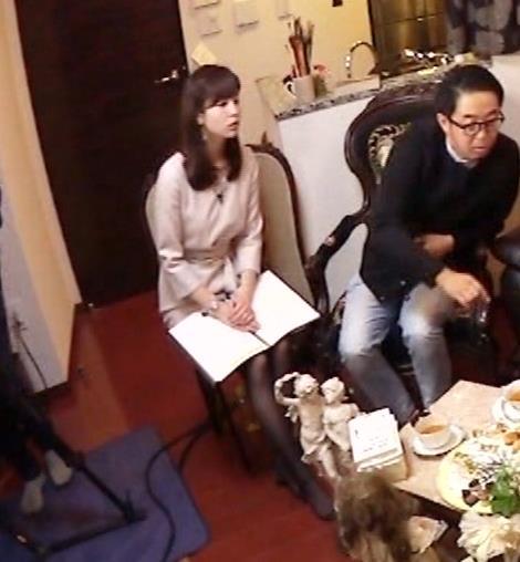 角谷暁子アナ 黒ストッキングキャプ・エロ画像7