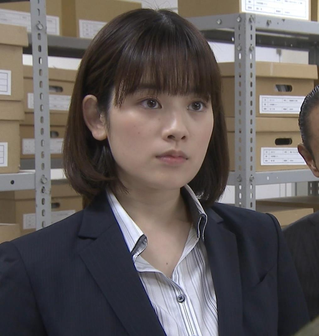 筧美和子 サスペンスドラマでの着衣おっぱいキャプ・エロ画像2