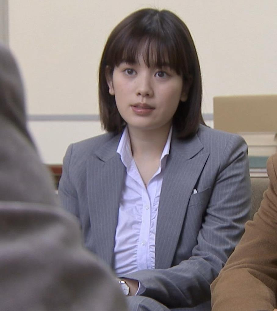 筧美和子 サスペンスドラマでの着衣おっぱいキャプ・エロ画像4
