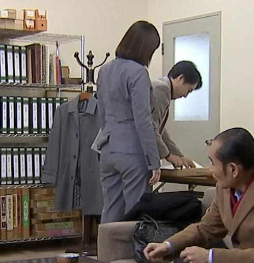 筧美和子 サスペンスドラマでの着衣おっぱいキャプ・エロ画像5