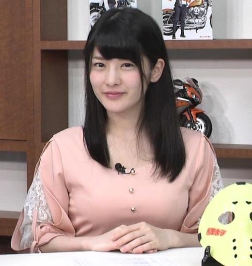 神谷えりな 服の上からも出わかる巨乳キャプ画像(エロ・アイコラ画像)