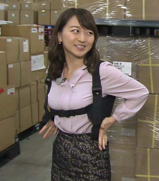 片渕茜 おっぱいをベルトで締め付けるエロキャプ画像(エロ・アイコラ画像)