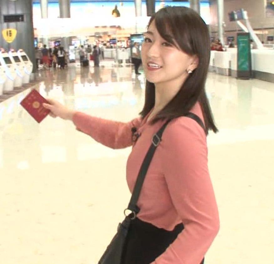 片渕茜アナ テレ東巨乳アナの横乳キャプ・エロ画像3