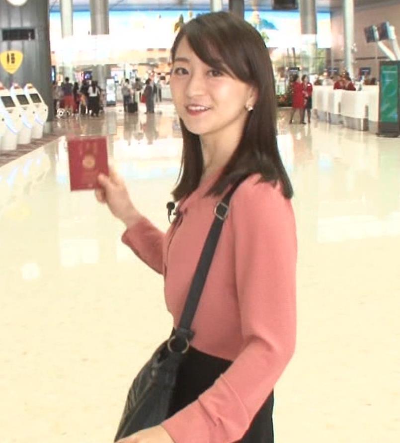 片渕茜アナ テレ東巨乳アナの横乳キャプ・エロ画像4