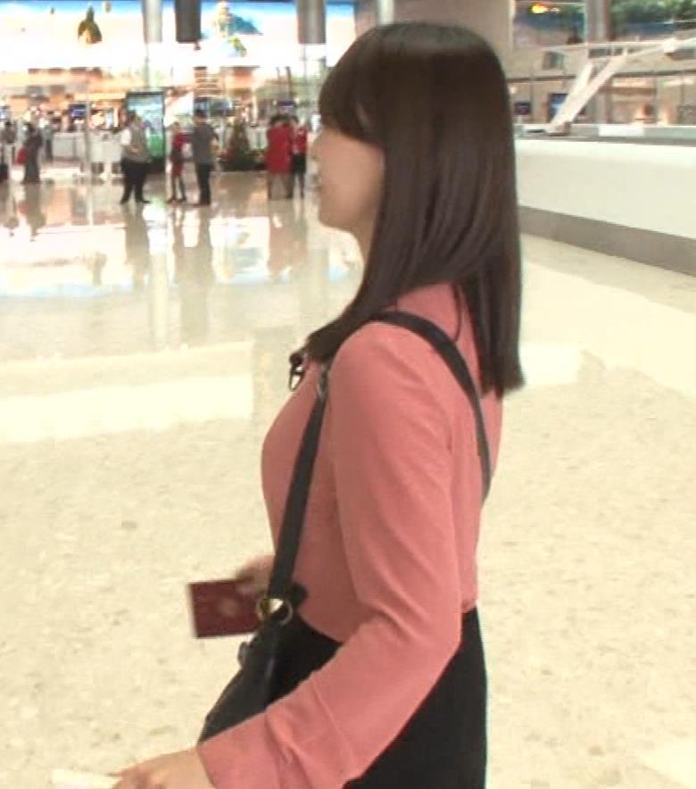 片渕茜アナ テレ東巨乳アナの横乳キャプ・エロ画像5