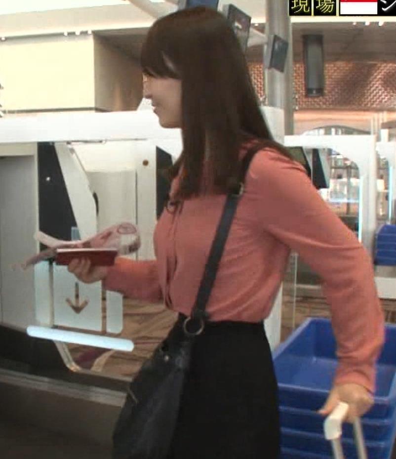 片渕茜アナ テレ東巨乳アナの横乳キャプ・エロ画像8