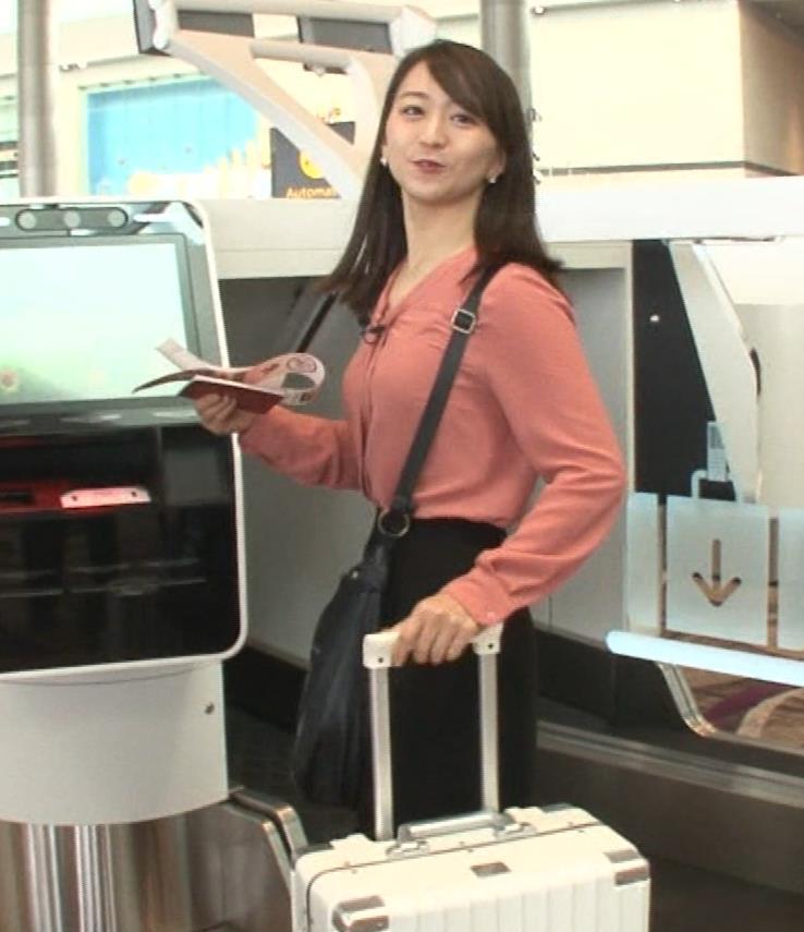 片渕茜アナ テレ東巨乳アナの横乳キャプ・エロ画像9