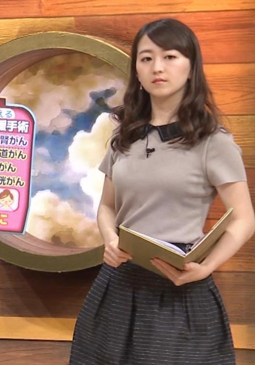 片渕茜アナ 巨乳だとよくわかる服キャプ・エロ画像2
