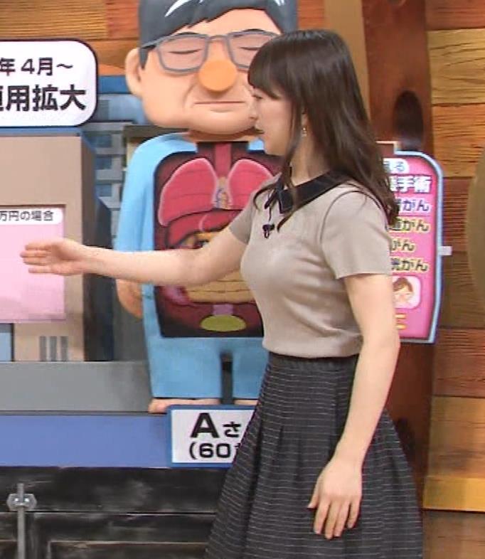 片渕茜アナ 巨乳だとよくわかる服キャプ・エロ画像3