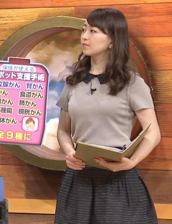 片渕茜アナ 巨乳だとよくわかる服キャプ・エロ画像7
