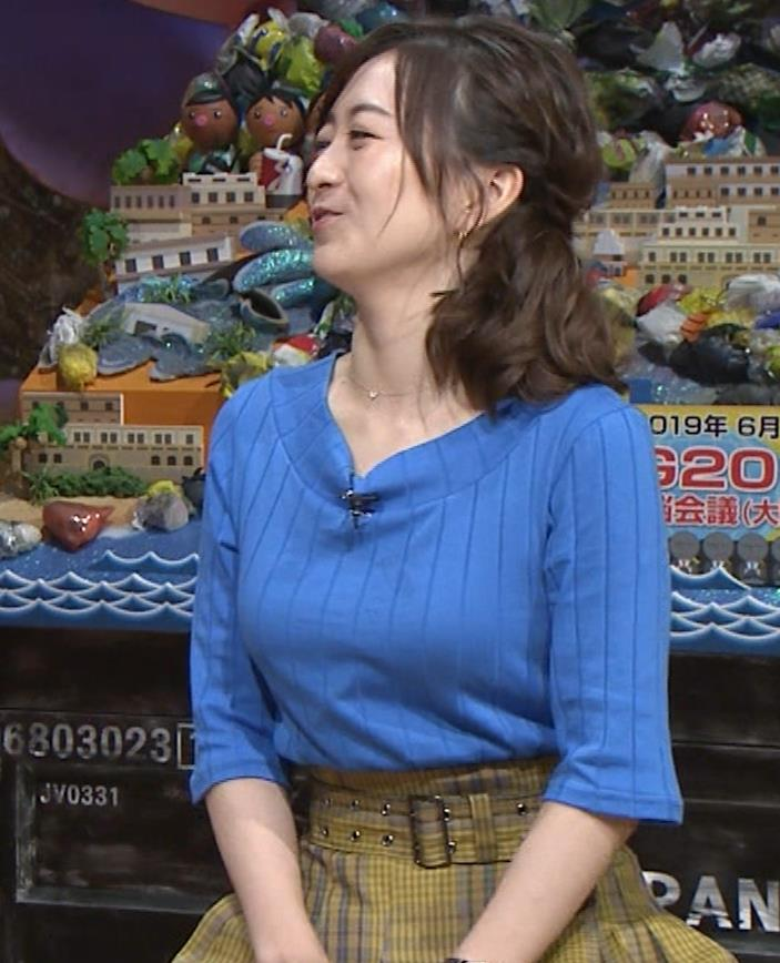 片淵茜アナ 横乳でデカいのがよくわかるキャプ・エロ画像7