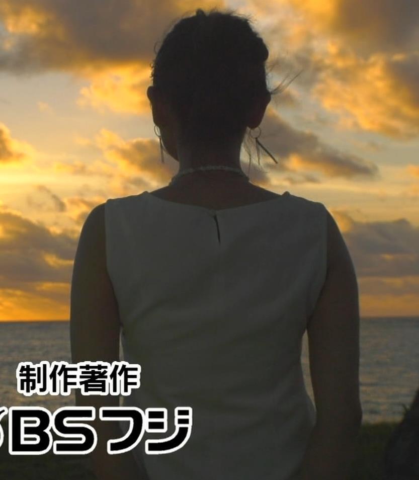 片山萌美 激エロ水着&裸でエステの横乳キャプ・エロ画像23