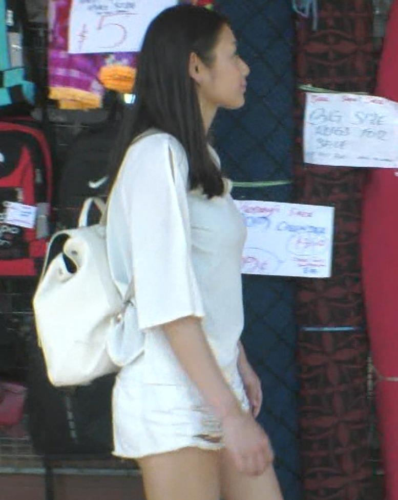 片山萌美 終始エロいBSフジの旅番組キャプ・エロ画像13