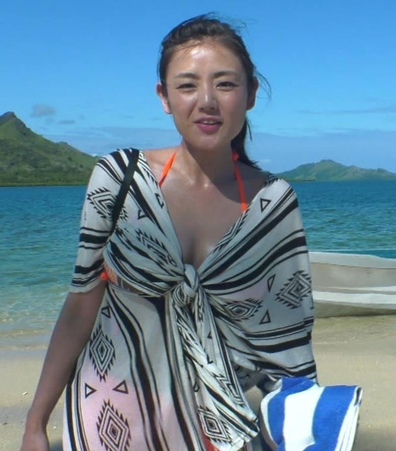片山萌美 終始エロいBSフジの旅番組キャプ・エロ画像19