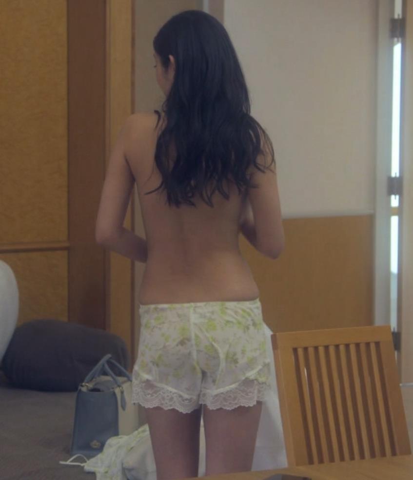 片山萌美 地上波ドラマでのエロ要員。けっこう脱いでるキャプ・エロ画像11