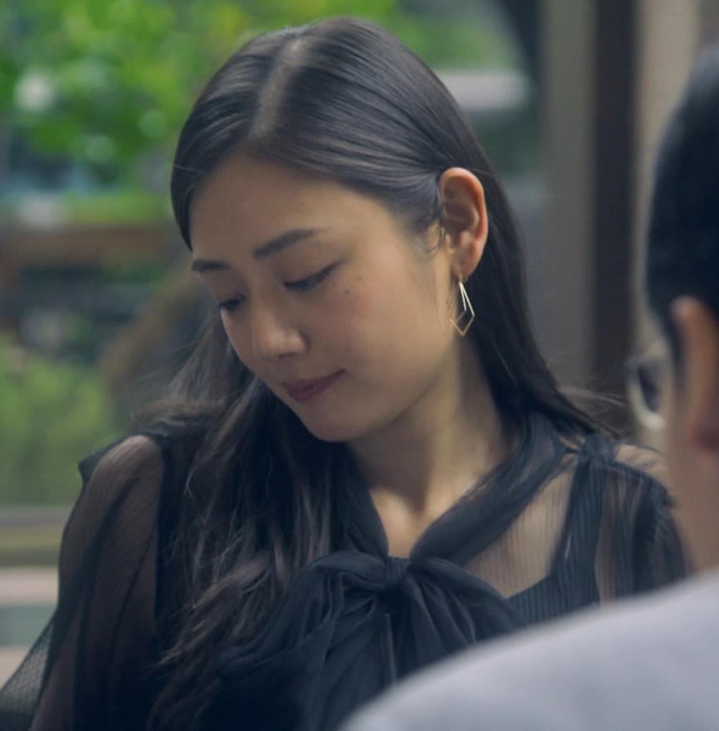 片山萌美 地上波ドラマでのエロ要員。けっこう脱いでるキャプ・エロ画像21
