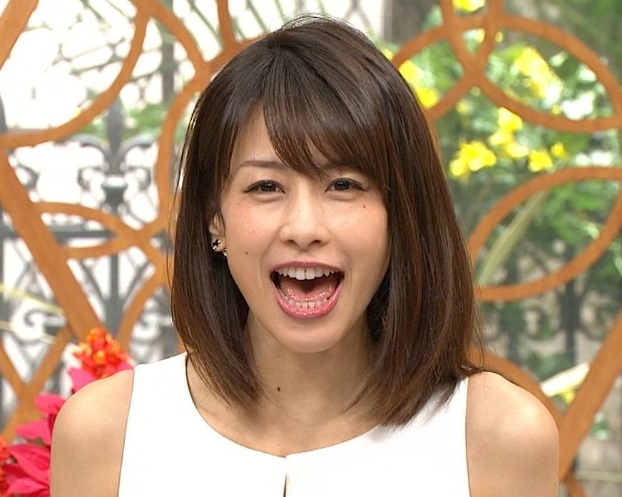 加藤綾子 久しぶりにノースリーブでワキがチラチラキャプ・エロ画像7