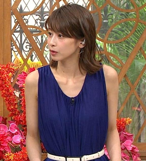 加藤綾子アナ 肌の露出が多いノースリーブキャプ・エロ画像3