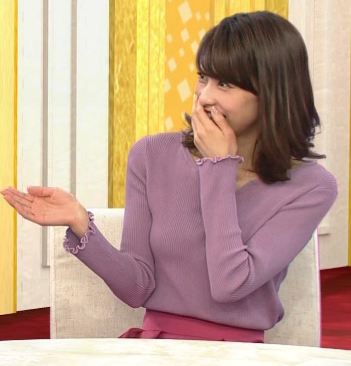 加藤綾子 胸元がエロいニットおっぱい♡キャプ・エロ画像2