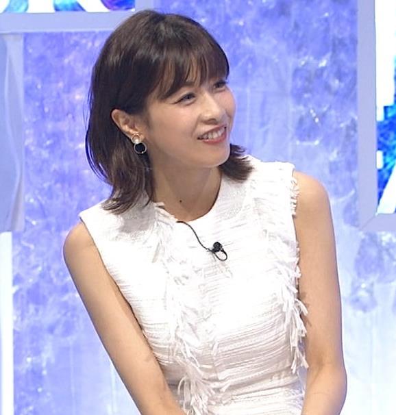 加藤綾子 白いノースリーブキャプ・エロ画像4