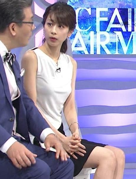 加藤綾子 パツパツ衣装でお胸が大変なことに!キャプ・エロ画像13