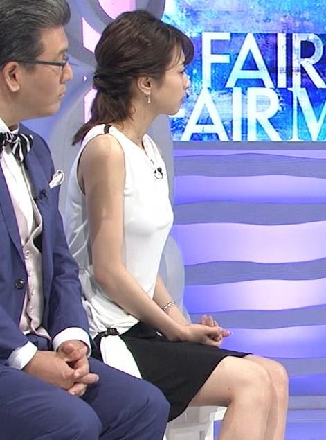 加藤綾子 パツパツ衣装でお胸が大変なことに!キャプ・エロ画像17