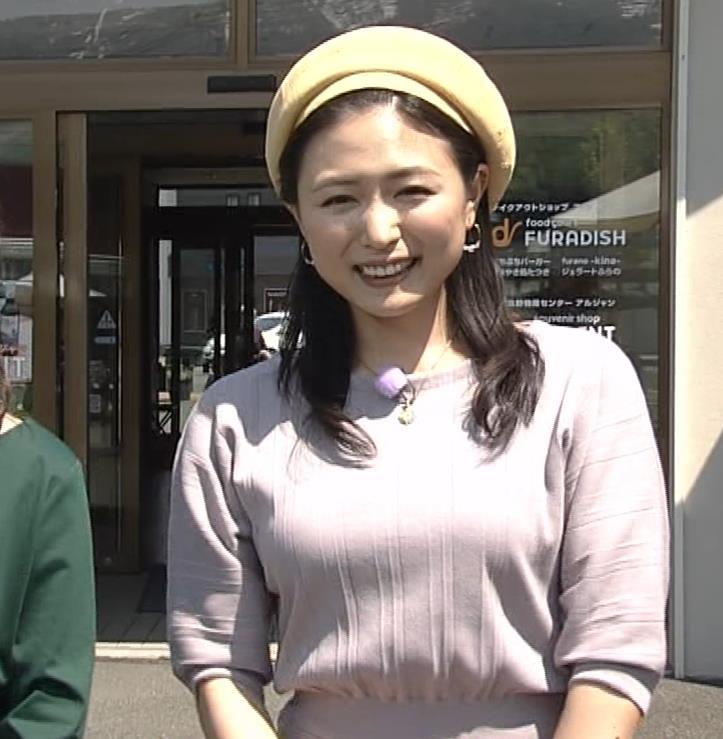 川村ゆきえ NHKで疑似フェラ連発!!キャプ・エロ画像8
